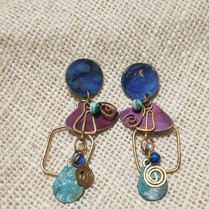 5/$10 Vintage Metal Swirl Earrings